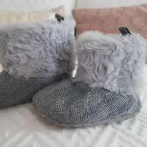 Gray sweater booties with faux fur trim